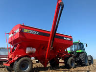Acoplado Tolva Para Semilla Y Fertilizante Akron SFC 22000